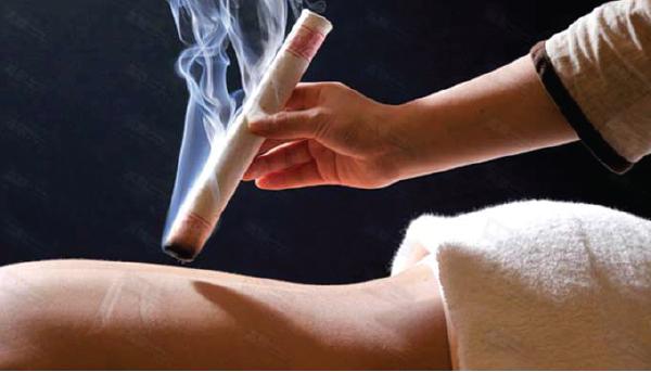 東洋の伝統的な療法であるお灸
