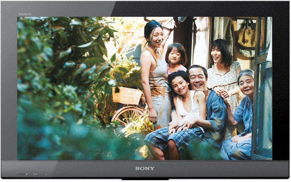 8月は日本映画専門チャンネルで「万引き家族」を放映