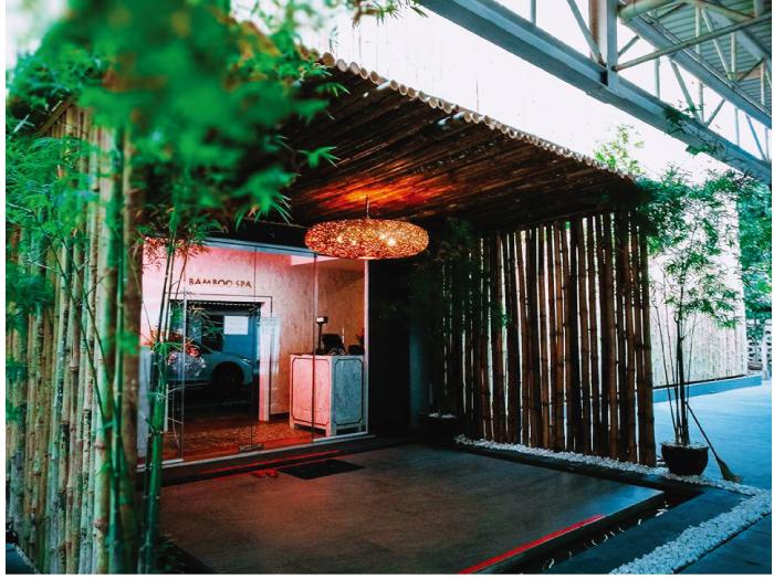 竹を使った内外装が特徴