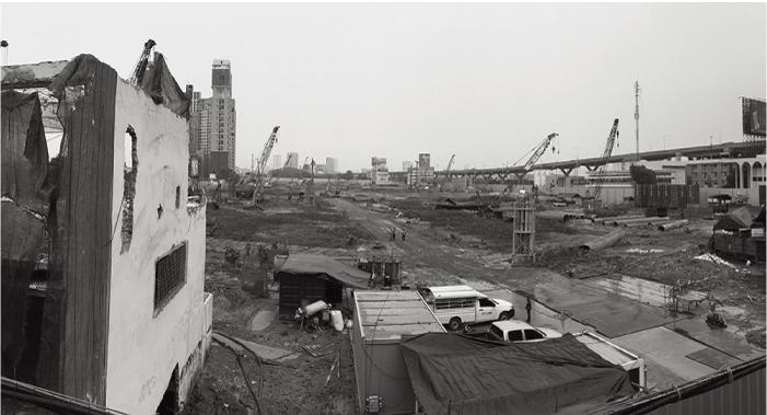 巨大なバンコクモールの建設現場