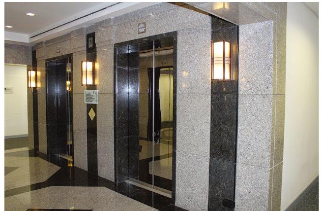Mタイタワーのエレベーター