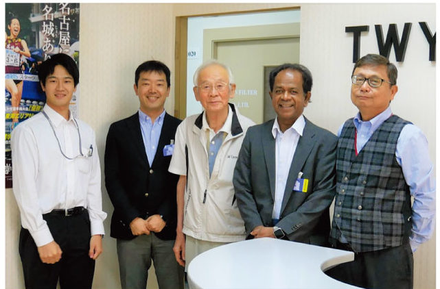 左から、城戸さん、津村さん、溝口さん、クマーラさん、山口さん