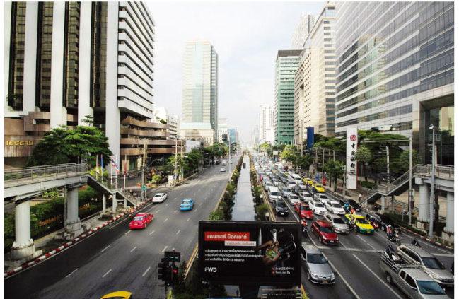 バンコクを代表するビジネスエリアに立地