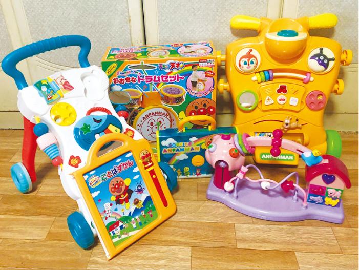 博多では子供のおもちゃも増えています。