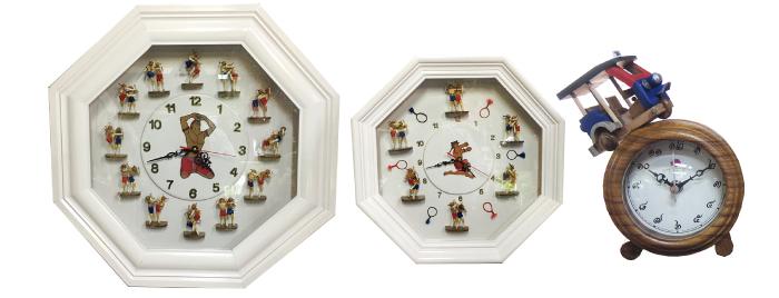 タイ文字時計は目覚ましサイズから壁掛けの大型まであります