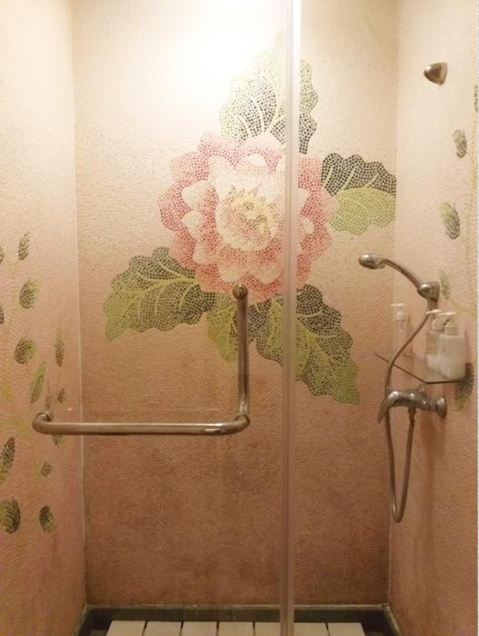 美の花のシャワールーム