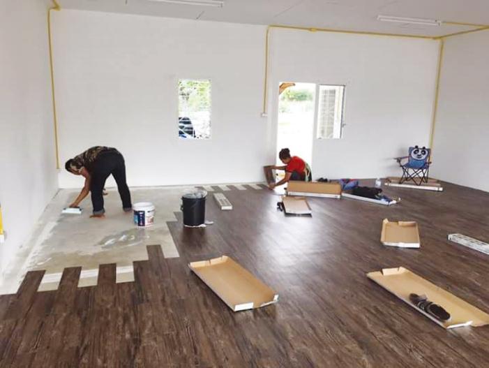 床の張り替えや壁の塗り替えもご要望に応じます
