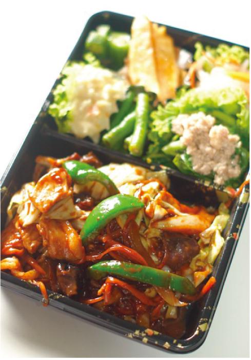 ごはんとは別途になっている肉野菜味噌炒め弁当(160バーツ)