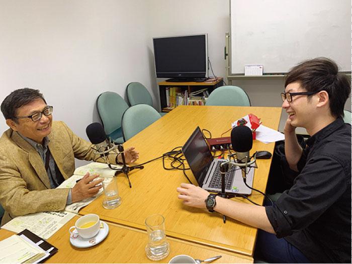 日本語ネットラジオ撮影風景