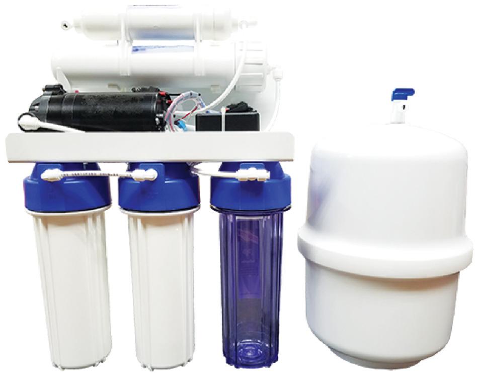 キッチンのシンク下に設置できるブエノアグアのRO浄水器